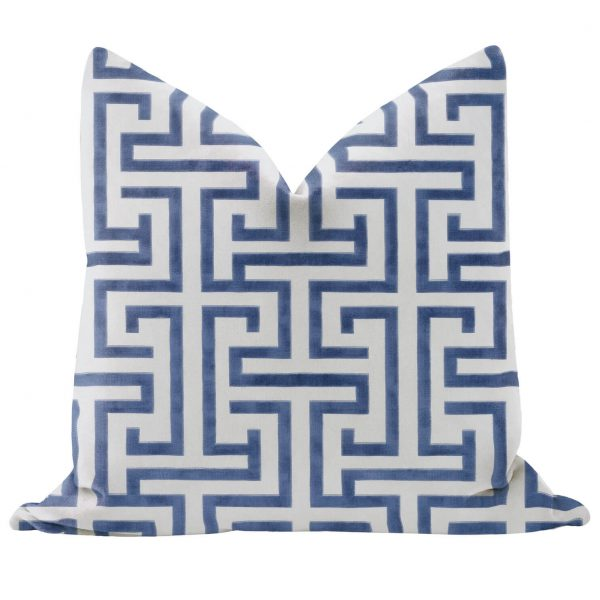 Ming Trail pillow cover